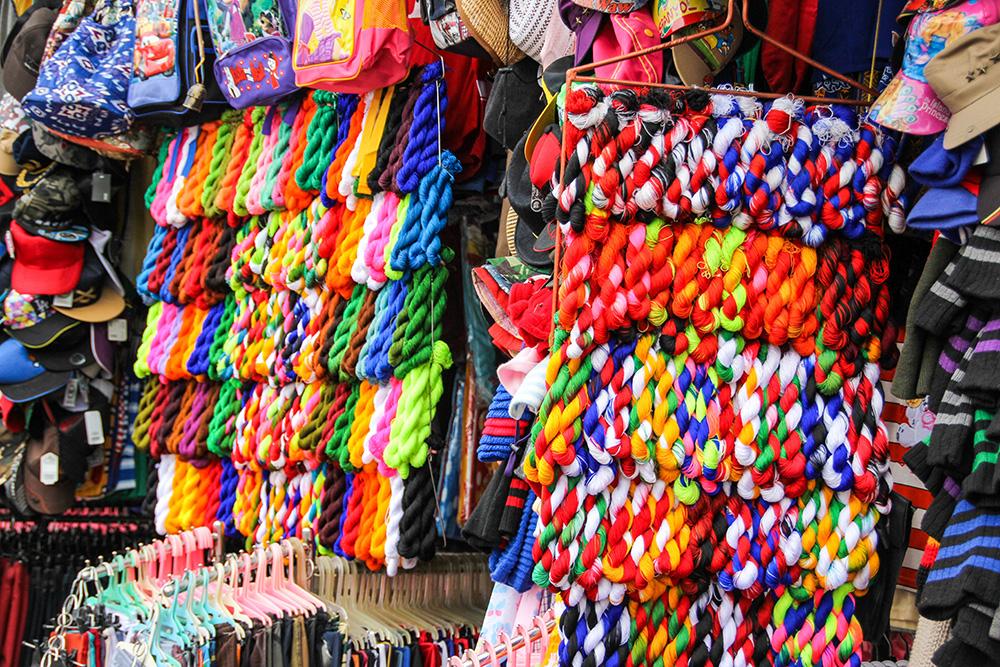nabeyama_papua_04pasar_colourful
