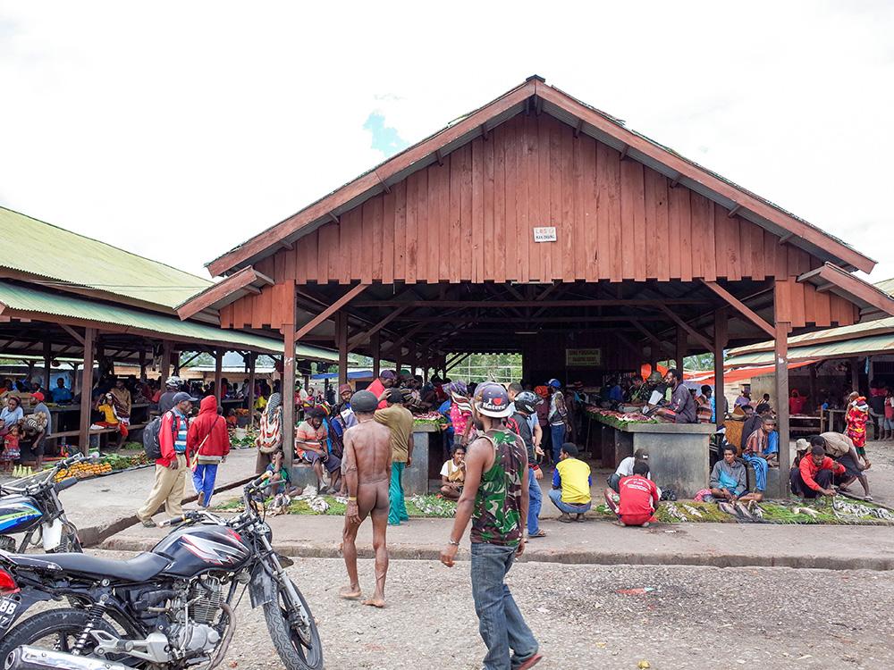nabeyama_papua_04pasar_koteka