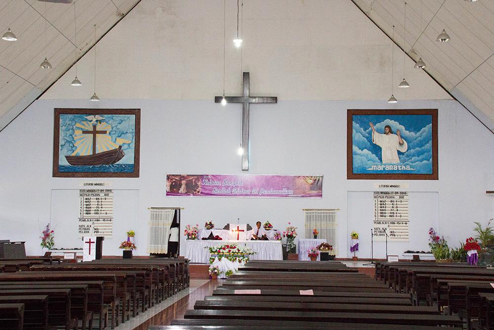 papua_gereja
