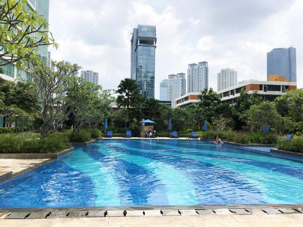 泳ぎやすそうな四角いプール