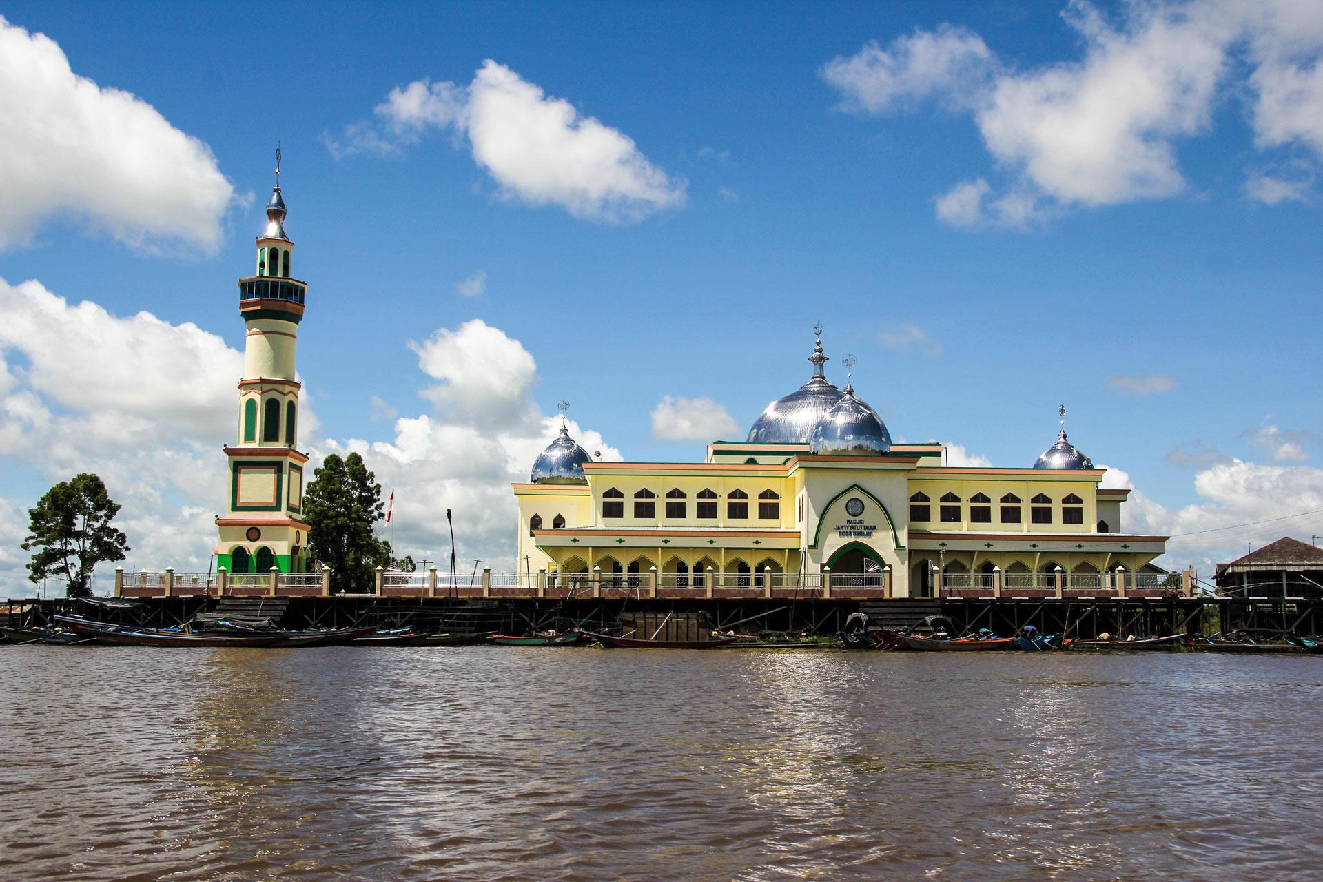 水上のモスク