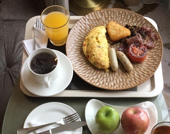 アヤナ朝食2