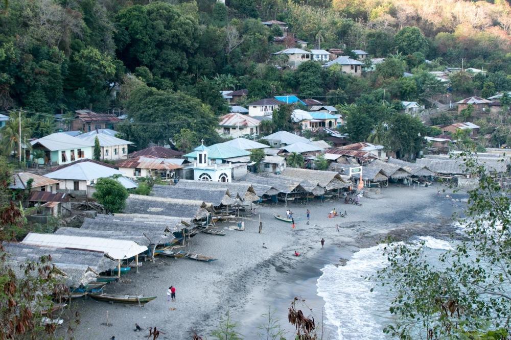 ラマレラ村