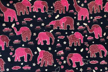 賀集さんに染め直しをしてもらった象のバティック